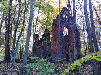 Kaplica grobowa rodziny von Holtz w Wojęcinie